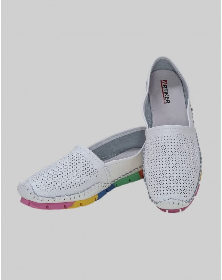 Slipper White